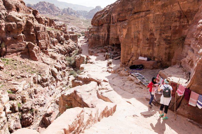 Saleswomen, Petra, Jordan